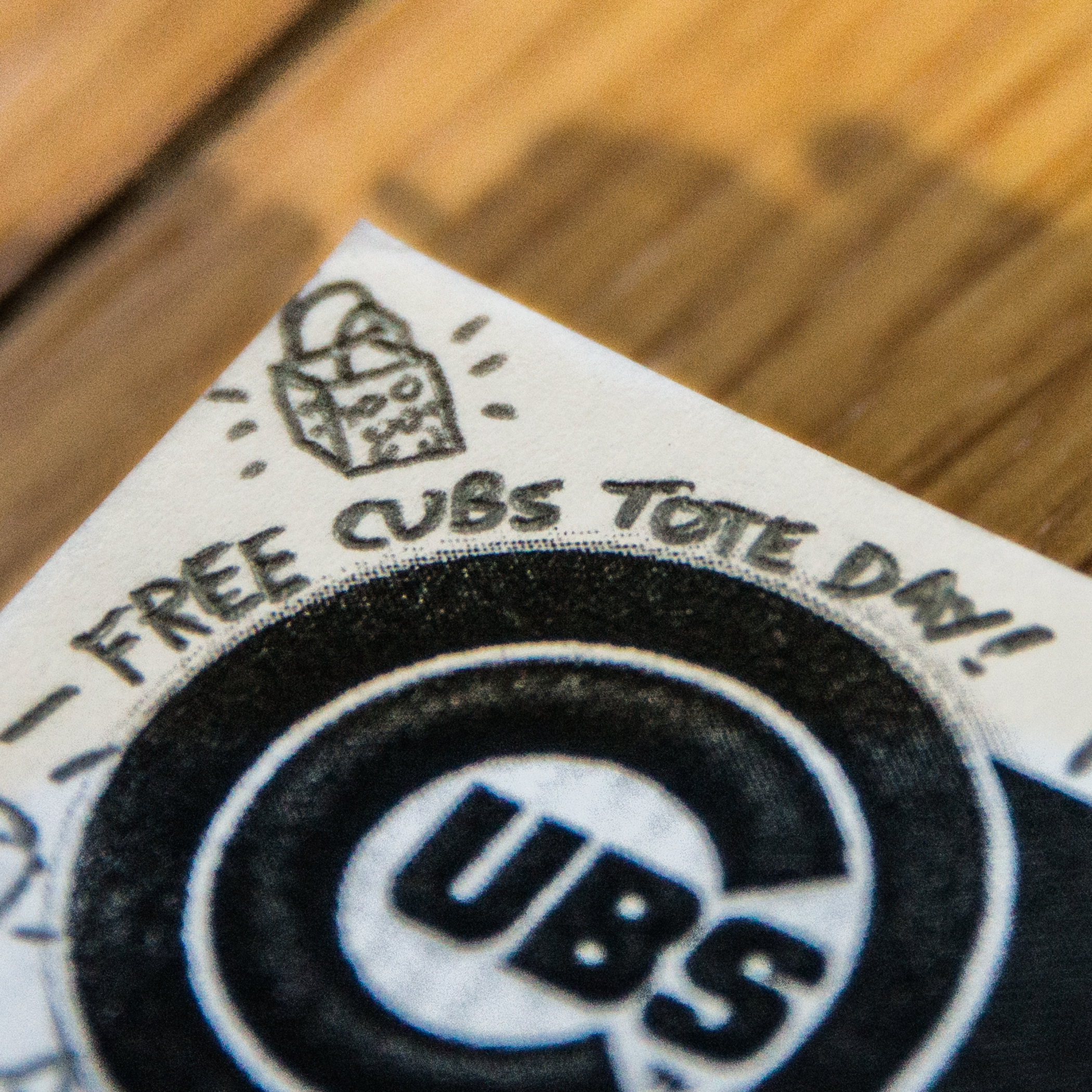 Free Cubs tote day