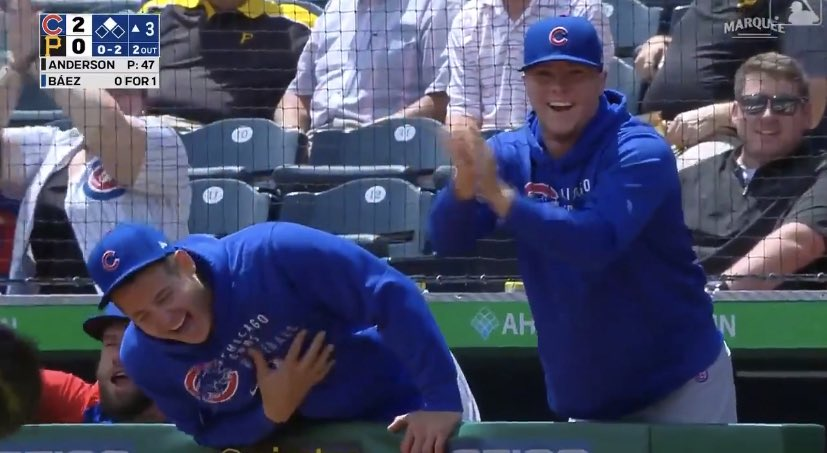 Anthony Rizzo laughing at Baez rundown May 27, 2021